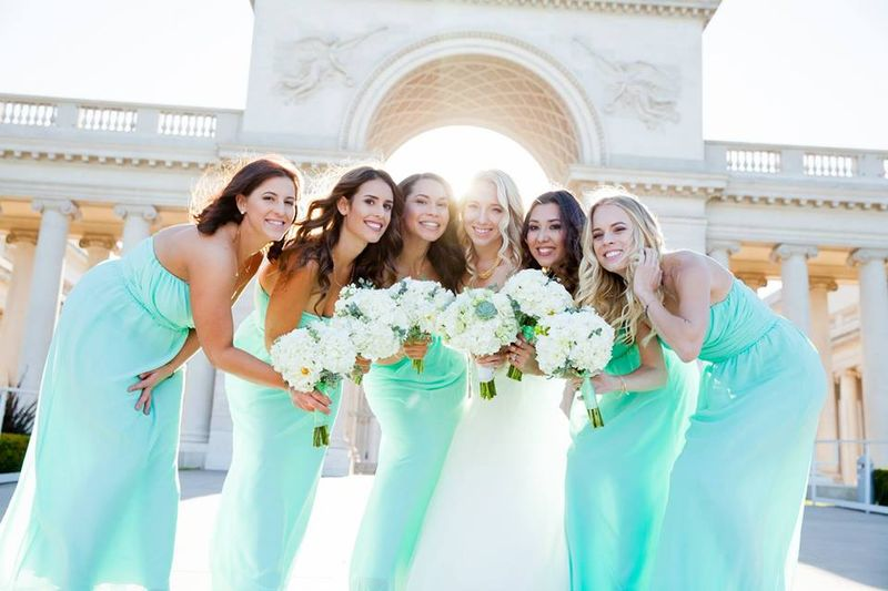 Robin and the bridesmaids