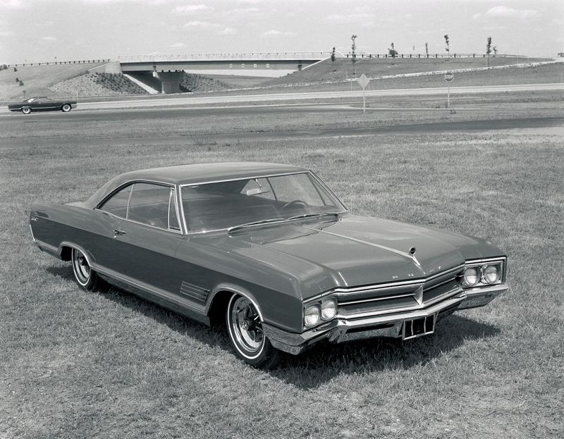 1966 Buick Wildcat 2-door