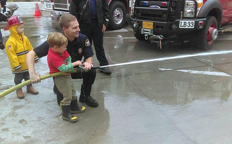 O gets to use the hose