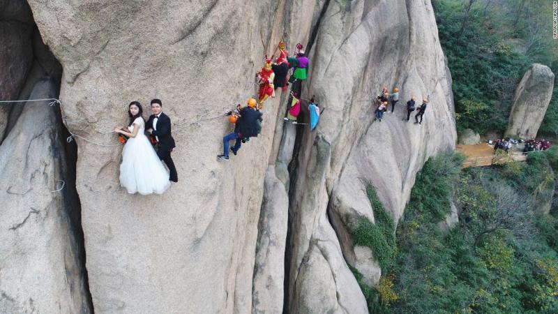 Difficult wedding