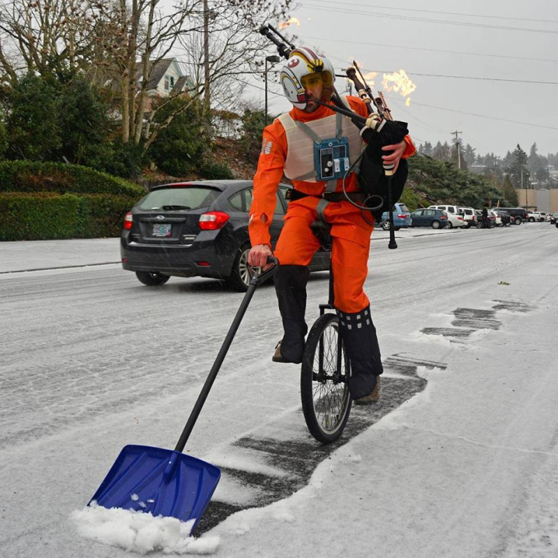 The Unipiper in Winter
