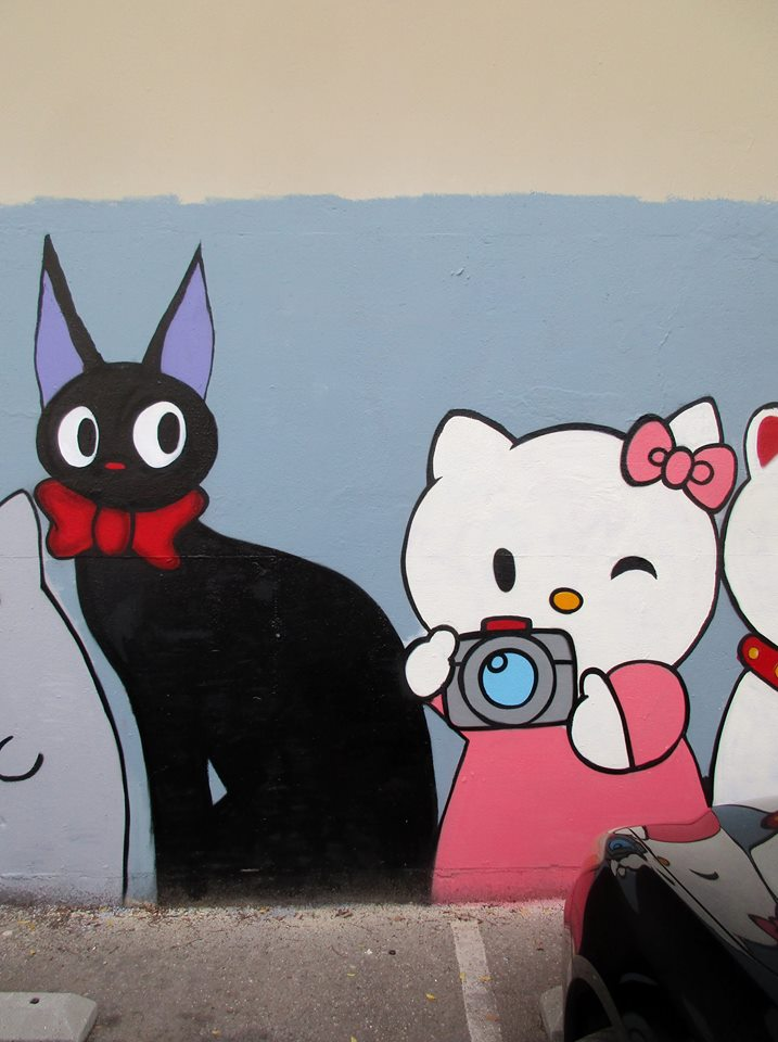Hello Kitty street art