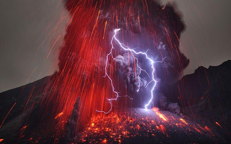 Volcanic Lightening At The Sakurajima Volcano in Japan