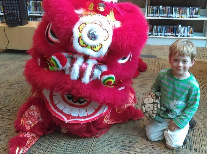 Dragon & O at the library
