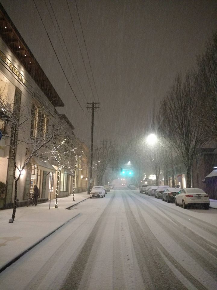 Snowing again in Portland