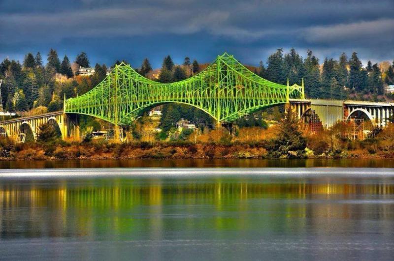 Conde McCullough Memorial Bridge  Coos Bay  Oregon