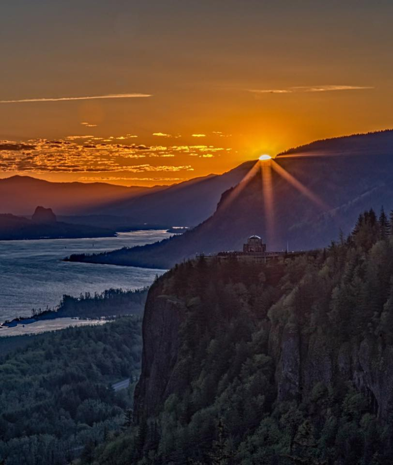 Sunrise over the Columbia River
