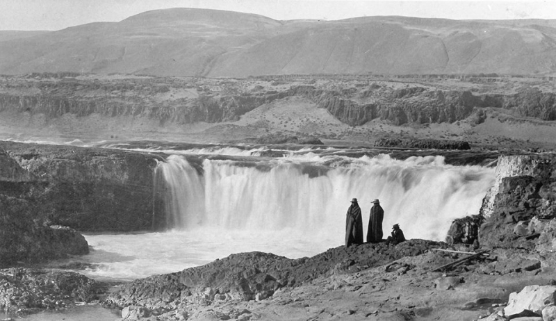 Celilo Falls on the Columbia River  1899