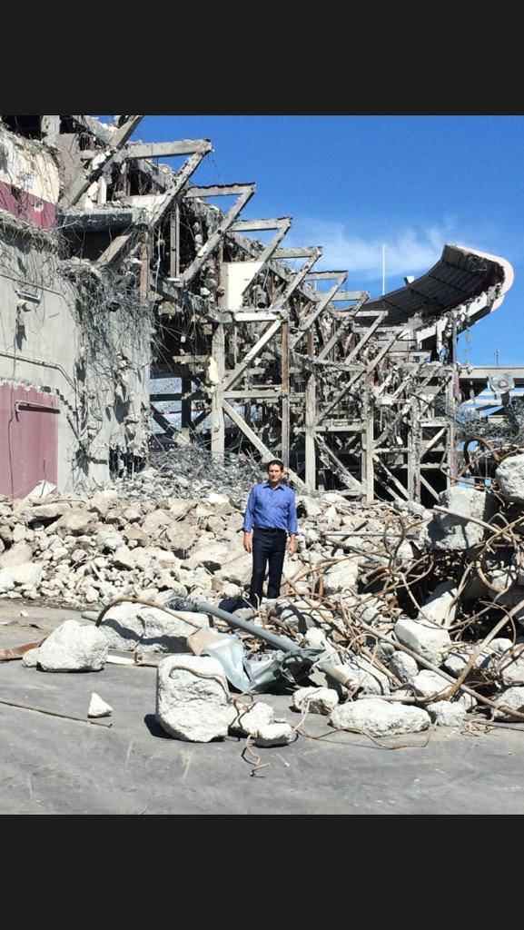 Steve Young, standing in the wreckage of Candlestick Park
