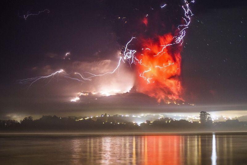 Calbuco and lightning