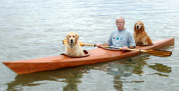Dogs like to kayak too
