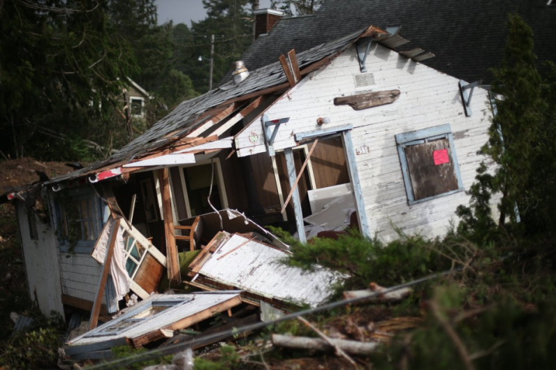 Tornado damage on Oregon Coast