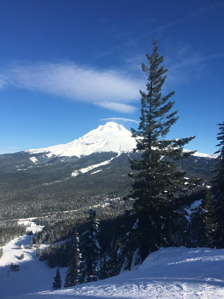 Mount Hood wearing some snow again