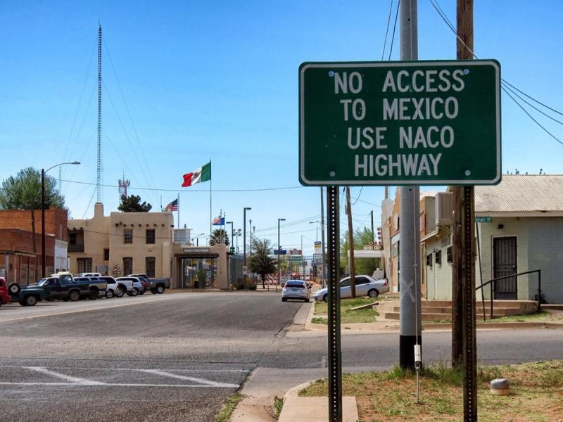 Alto  Naco  Arizona