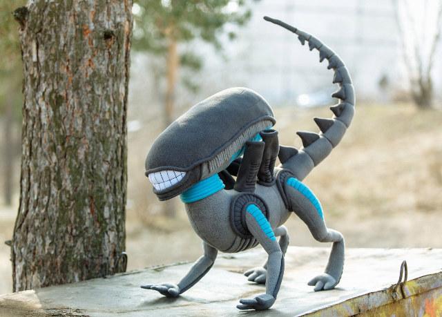 Stuffed-alien-toy-1
