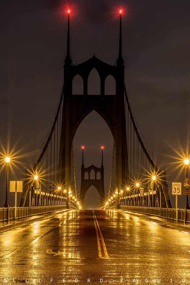 St Johns Bridge at dawn