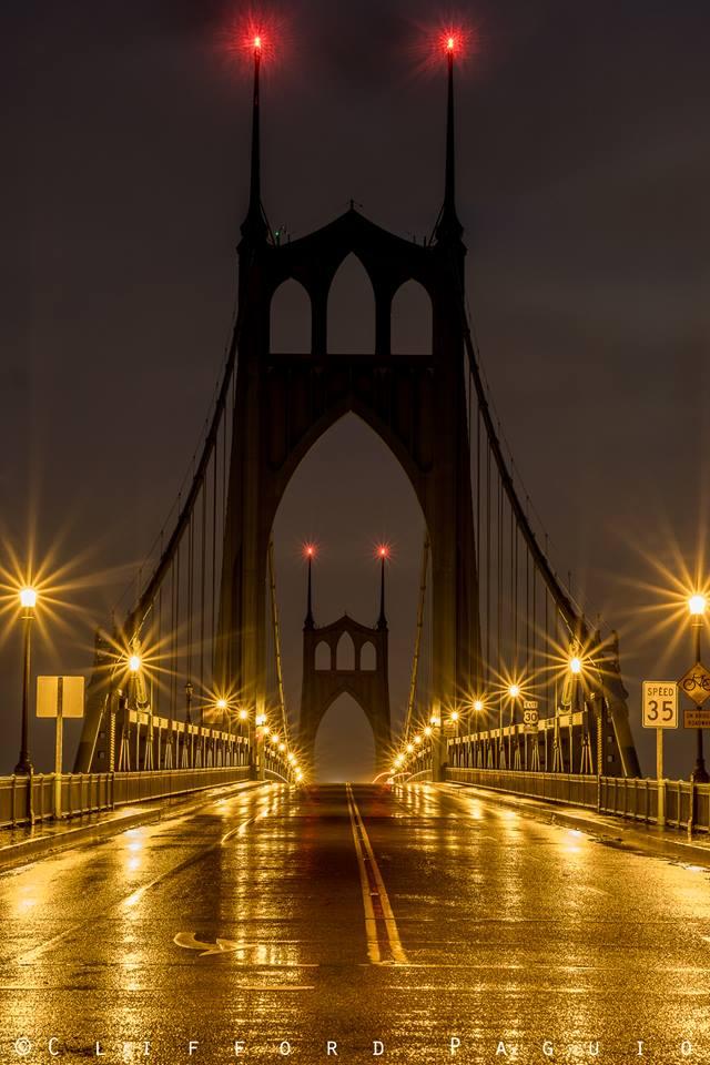 St Johns Bridge at dawn