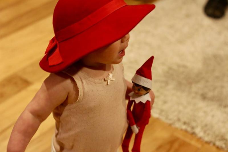 Robin found the elf on a shelf 1