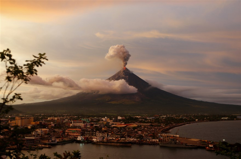 Mayon volcano  Phillippines
